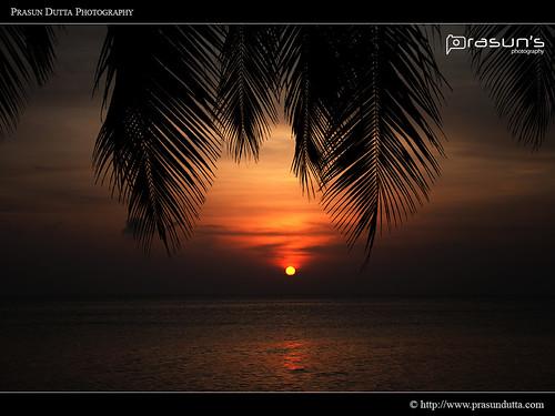 travel blue sky cloud india color colour colors sunrise photography golden nikon colours cloudscape andaman seabeach d90 prasun kpw nikond90 andamanandnicobarislands prasundutta havlockisland blinkagain kolkataphotographersworld prasunsphotography