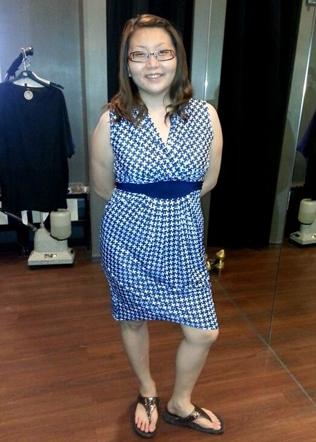 Redressing Suanie - blue and white dress