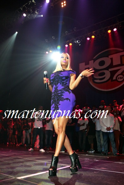Nicki Minaj , Mavado ,Beanie Man , Busta Rhymes , Super Cat and more at HOT 97 On The Reggae Tip concert