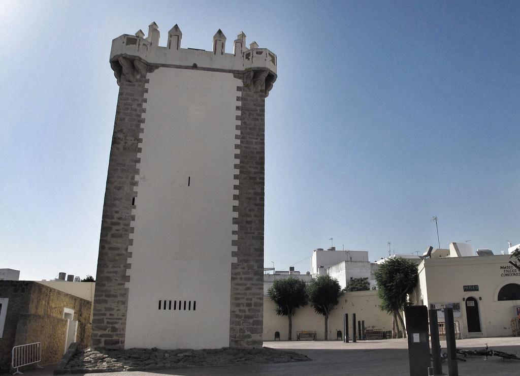 torre guzmán el bueno_conil_restauración_torre del homenaje