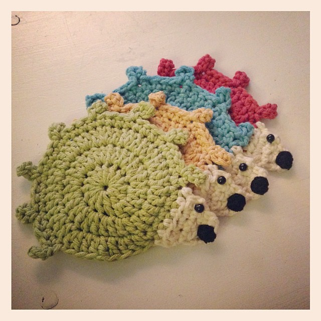 4 little critters! #schnitzelandboominiquiltswap #makeaquiltmakeafriend #crochet