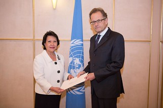NEW PERMANENT REPRESENTATIVE OF PHILIPPINES PRESENTS CREDENTIALS