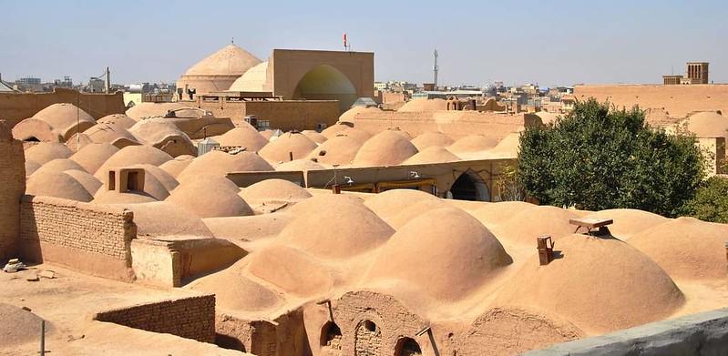 261 vista de los tejados del Casco antiguo y mezquitas de Yazd (114)