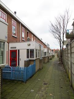20140301 Den Haag Paulus Potterstraat (45 t/m 165)