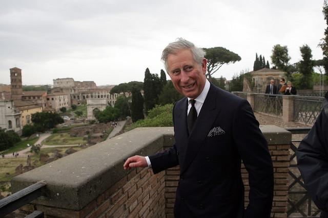 ROMA BENI CULTURALI: Turisti inglesi a Marino - In tarda serata il sindaco ha risposto al signor Grantham, scusandosi: Siamo terribilmente dispiaciuti per l'accaduto. Spero che torniate nella Capitale, METRONEWS.IT (27|03|2014).