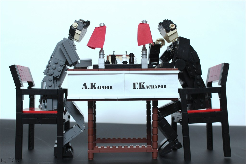 A.Karpov vs G.Kasparov, 1984-1985 (custom built Lego model)