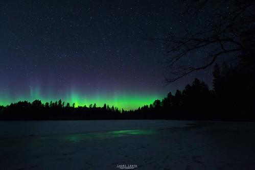 auroras auroraborealis northernlights night newmoon reflections ice snow spring sky star stars landscape view suomi finland jyväskylä kivilampi revontulet yö kevät maisema nikon d3100 sigma 1020mm f35 ex