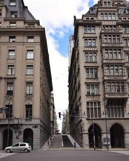 Buenos Aires Avenida Alem
