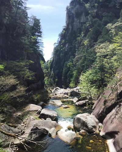 這個峽谷 與太多記憶連接.