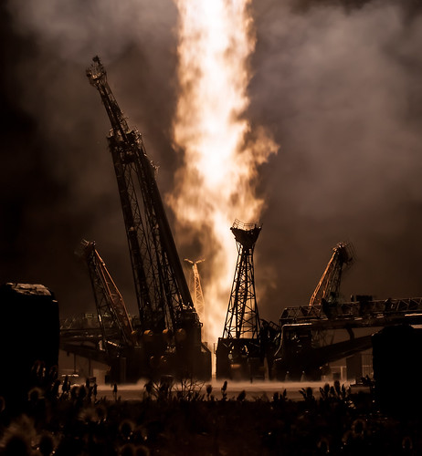 Expedition 36 Launch (201305290004HQ)