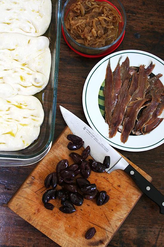 pissaladière toppings