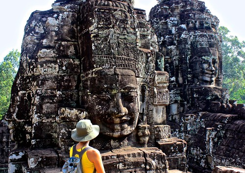 Lina facing the Bayon at Angkor Thom