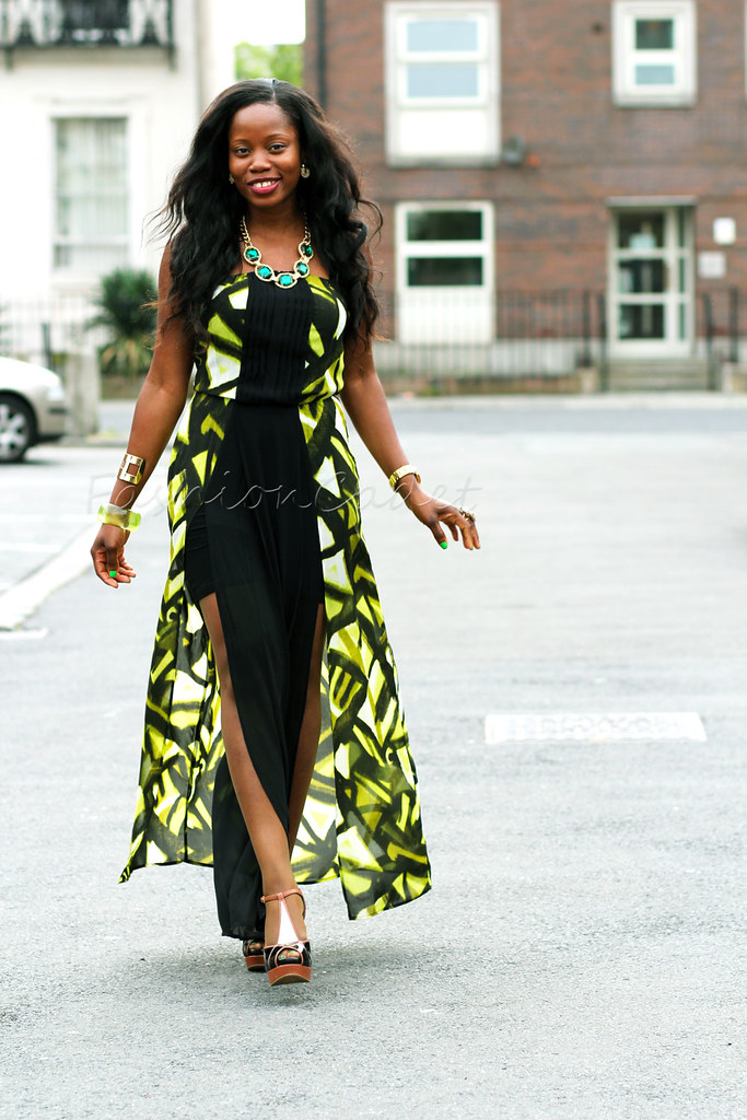 what to wear to a wedding as a guest,double slit chiffon dress, Double slit maxi dress, bodycon double front slit maxi dress, how to style a double slit maxi dress, ways to style a double slit maxi dress, ways to wear a double slit maxi dress, Double slit maxi dress, wedding guest outfit, maxi dress, stylish party dresses