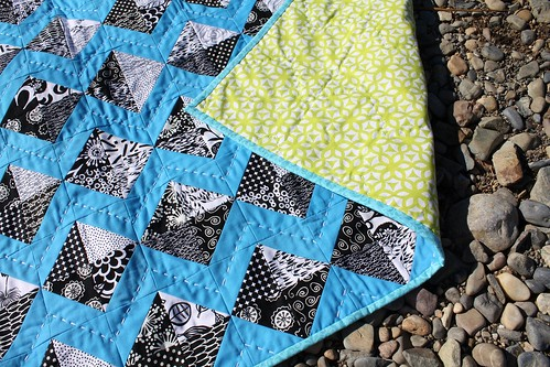 Black & White Kites Quilt