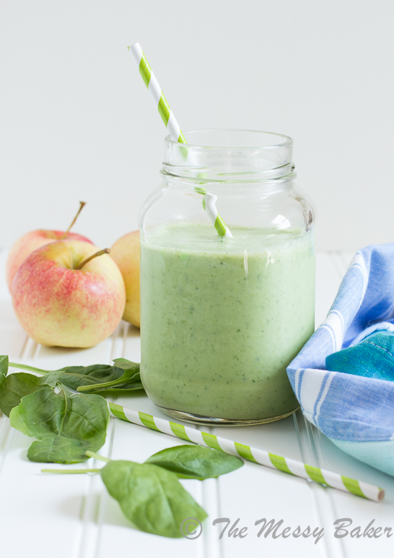Apple Banana Green Smoothie | www.themessybakerblog.com -8576