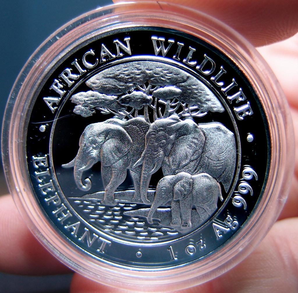 """Colección de onzas de plata """"Somalian African Wildlife""""  10276029883_f1dd4801fa_b"""