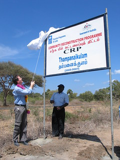 High Commissioner for Sri Lanka, Dr Greg French, unveils the new UNDP Thampanaikulam community reconstruction project, funded by the Australian Government. (Mannar, north-west Sri Lanka.) Sri Lanka 2005. Photo: AusAID