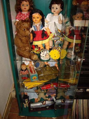 Les poupées de ma maison  11367994044_758d5834a6