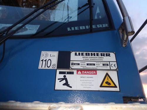 2010 Typenschild Raupenkran LR 1600/2 von Liebherr in Ehingen Werk-Nr. 074 534 Ziegelsdorfer Weg in 39291 Reesen