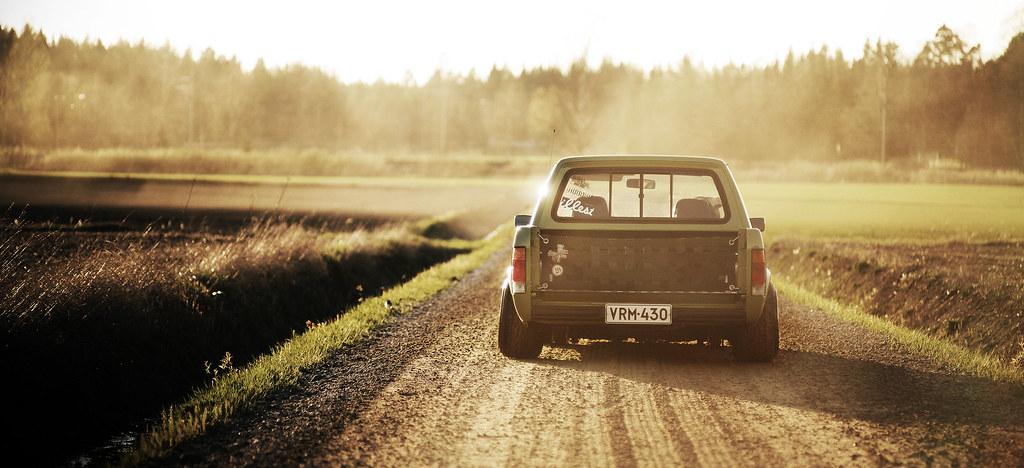 john_gleasy: Rauhakylä Low Lows: VW Caddy 1987 + Allu A6 12359074125_f543cb4aba_b