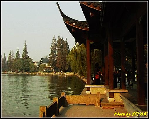 杭州 西湖 (其他景點) - 523 (西湖十景之 柳浪聞鶯 在這裡準備觀看 西湖十景的雷峰夕照 (雷峰塔日落景致)