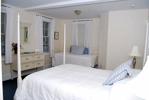 BA - my room-001