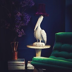 Interior Design ideas! Like? #unda #design #sofa #statue #home #decor #interior #wall #blue #pantone #lighting #furniture #magazine #green #esmerald #porto