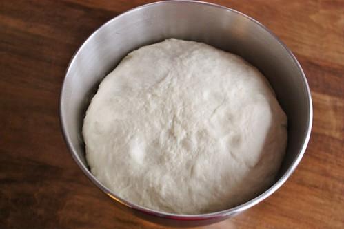 rising-pizza-dough