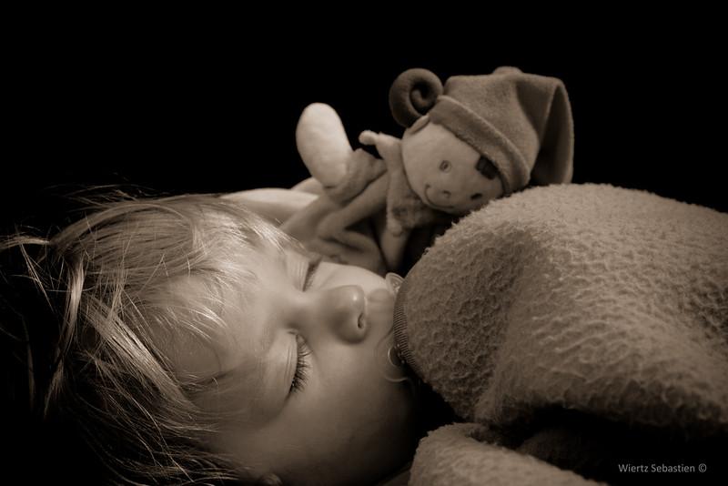 明明睡了超久卻愈睡愈累?原來是睡眠品質搞鬼