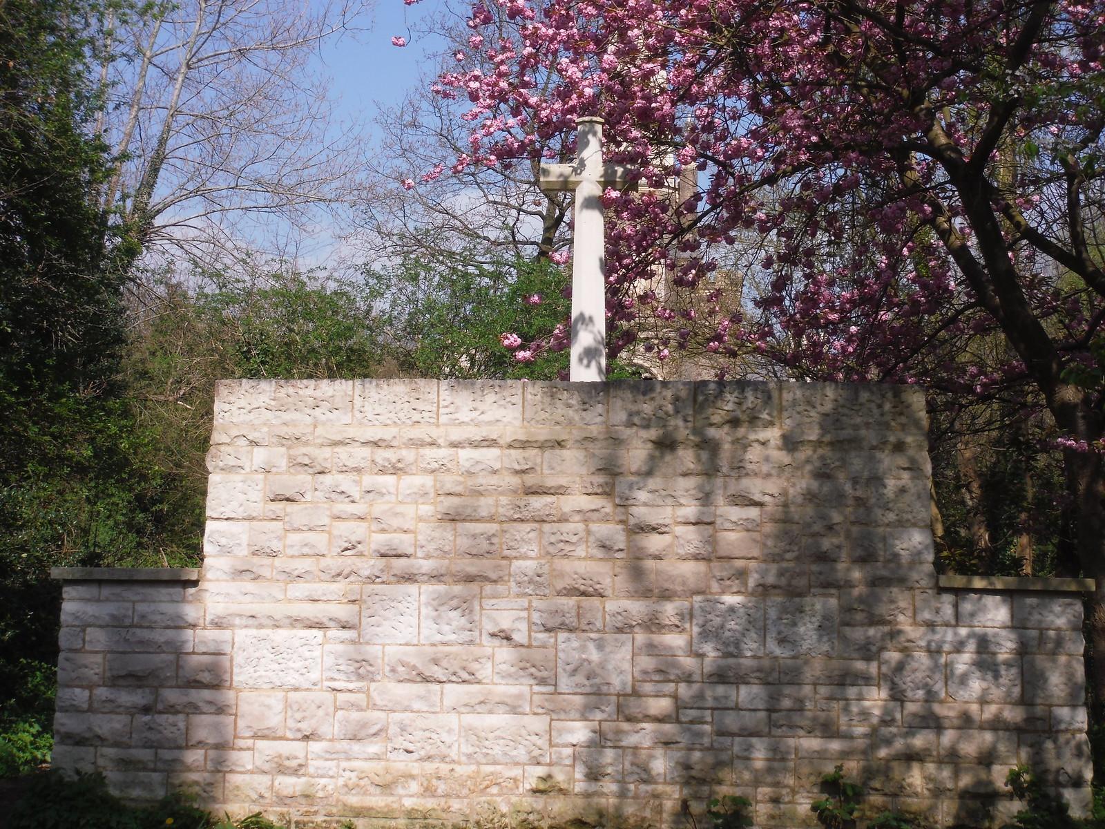 War Memorial, Abney Park Cemetery SWC Short Walk 26 - Woodberry Wetlands (Stoke Newington Reservoirs)