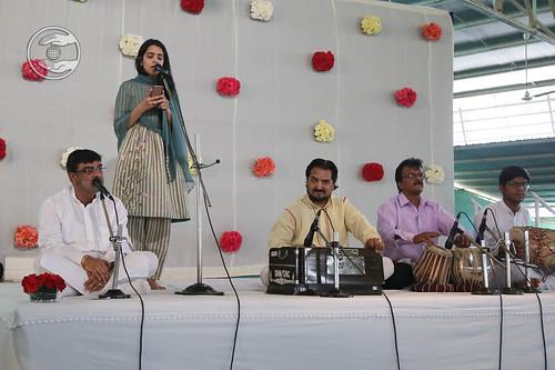 Devotional song by Taruna Arora from Faridabad, Haryana
