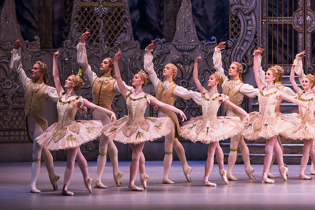 The Corps de ballet in The Royal Ballet's Nutcracker  ©ROH, 2015. Photographed by Tristram Kenton