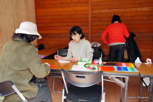 sapporo-lilac-festival-odori-park-origami.jpg
