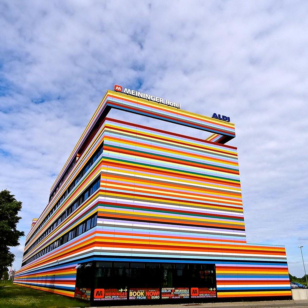 Meininger Airport Hotel Berlin