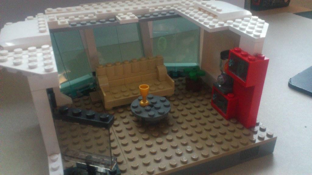 Moc Tony Stark S Malibu Mansion Lego Licensed