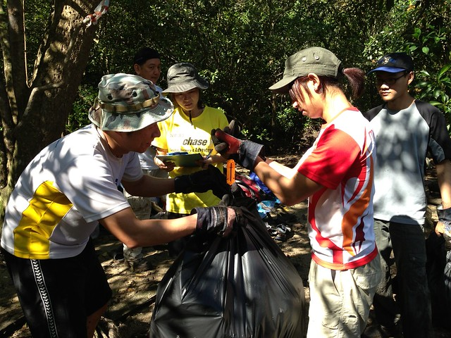 115_PostNatlDay_Mangrove_Cleanup-10Aug2013[ASiPhone]