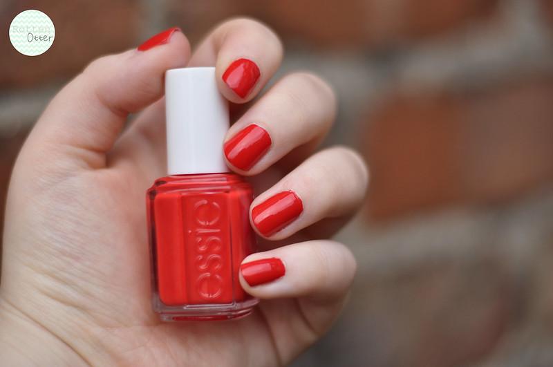 notd-essie-hip-anema-red-creme-nail-polish-rottenotter-rotten-otter-blog