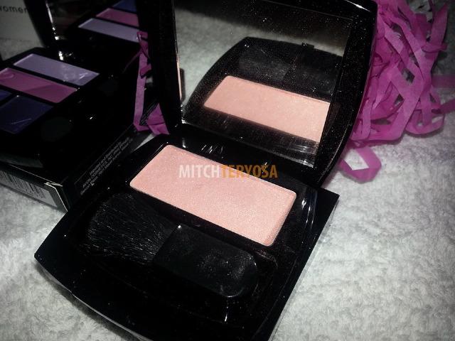 Ideal Luminous Blush in Peach, Php370