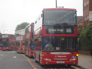 Stagecoach 15024 on Route 365, Romford