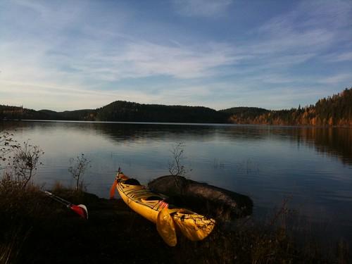 autumn norway kayak øksne