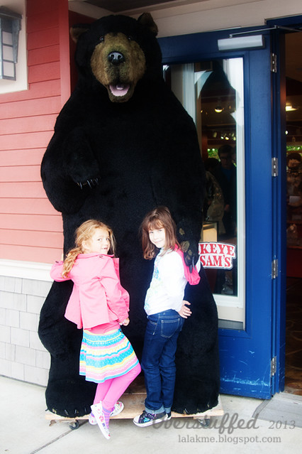 Sophia and Estee in Ketchikan with a bear