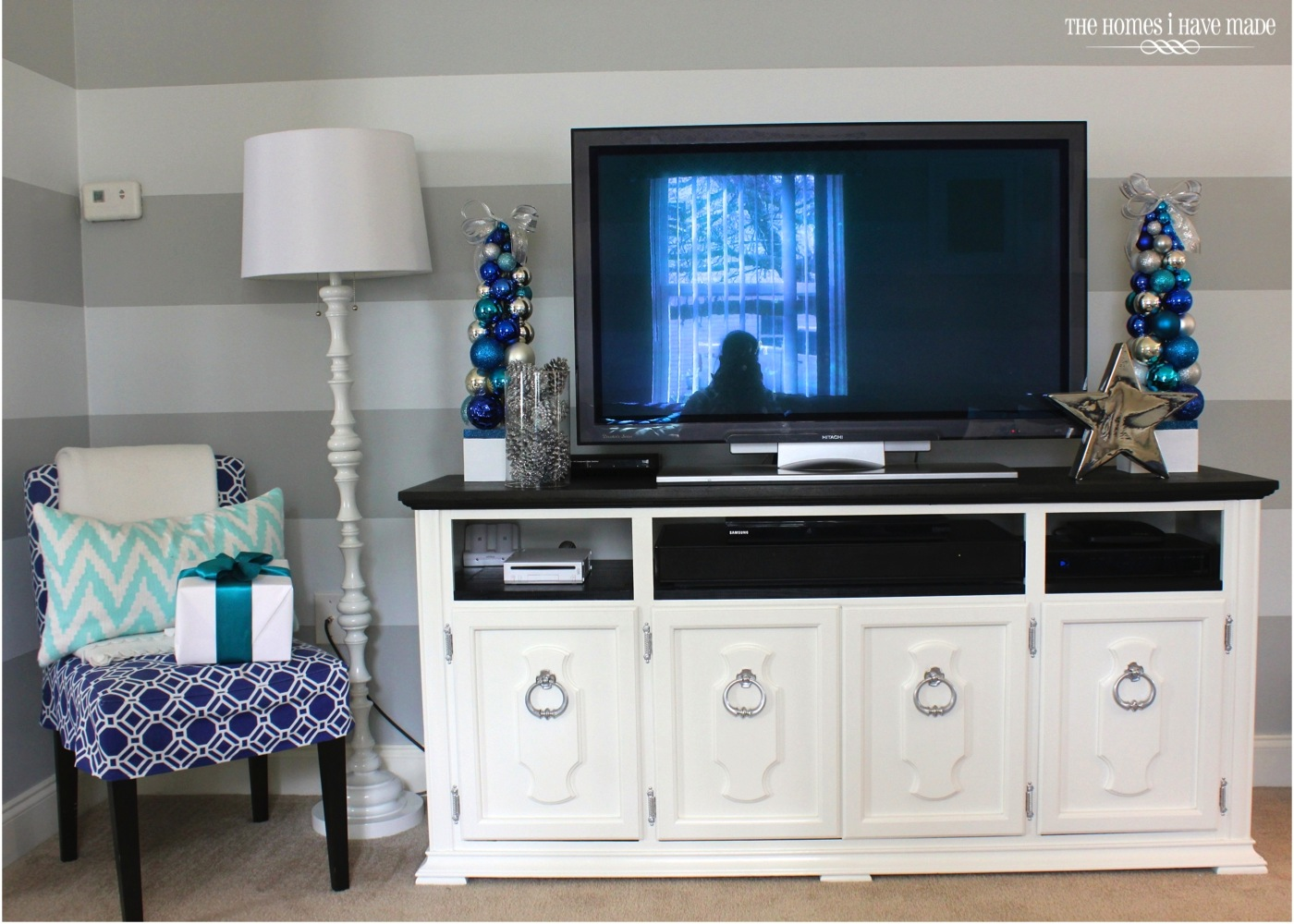 Holiday Living Room 2013-016