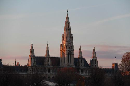 Rathaus at sunset