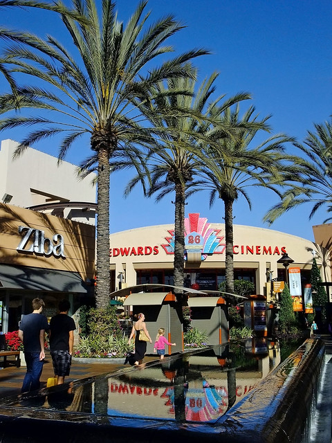 Movies At Long Beach Towne Center