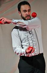 Juggler with Balls:Ben Sola