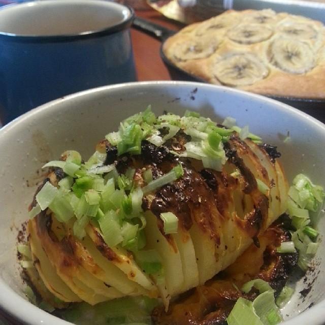 20140324  今日早餐 台式手風琴馬鈴薯 (有加蒜苗好對味)  #葛蘿的餐桌