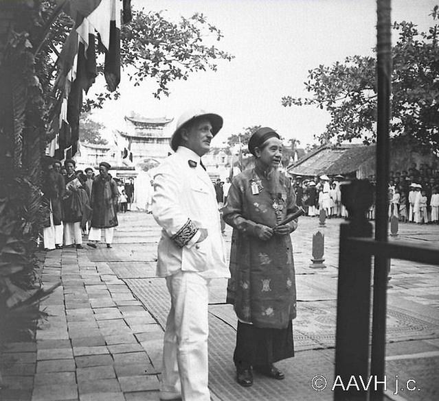 AP3364-Bonnet-145 - Tonkin, Hai Duong, 1926 – Pagode royale – Fête de Gia Long à la Pagode