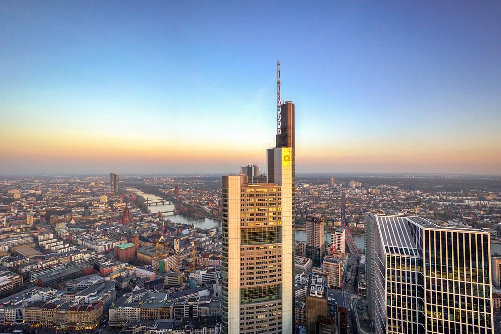 Main Tower Sunset Frankfurt
