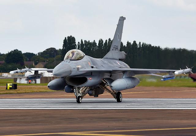 F-16 Falcon, Canon EOS 6D, Canon EF 300mm f/2.8L IS