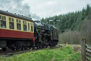 20170330-47_Black Five Engine 5MT 45407 leaving Levisham Station